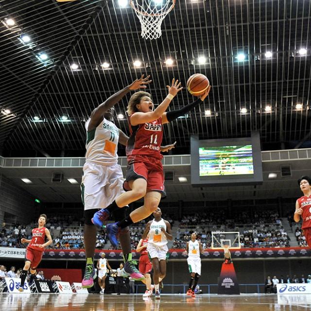 スピーディーに相手を抜き去る#12 吉田 亜沙美選手